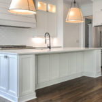 Kitchen with classic white décor